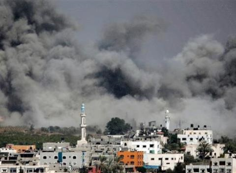 News video: Gaza Truce Crumbles as Fighting Resumes and More